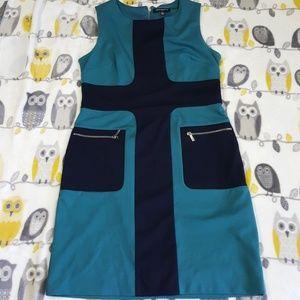 Size 12 Sharagano Dress with Zipper Back & Pockets